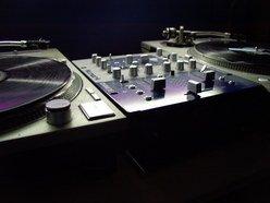 DJ Niue