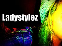 Lady Stylez
