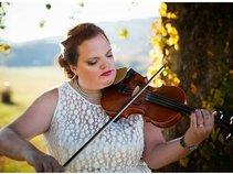 Susie The Wedding Fiddler
