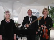Phyllis Lynch and Friends Live Music
