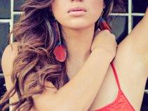 Samantha Leal