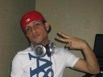 DJ & PRODUCER DJDAVE