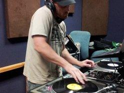 Image for DJ Eyes