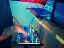 DJ Niky D