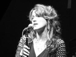 Mary Jenson Vocalist