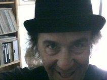 Mr.Mikie Kovach