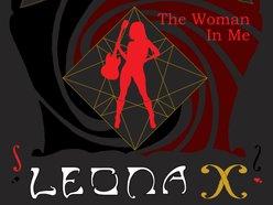 Leona X