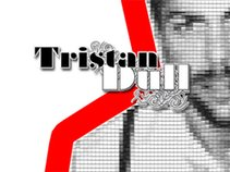 Tristan Dull