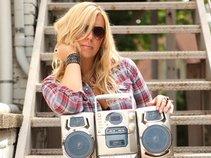 Marti Dodson/Songwriter