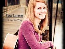 Teia Larson