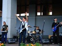 Mc Levis & band