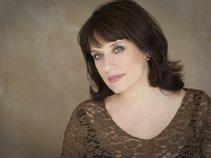 Christine Moore, Soprano