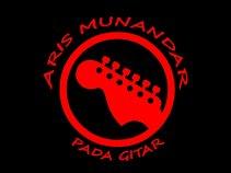 Aris Munandar Pada Gitar