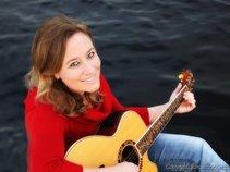 Laura Tullier Music