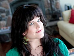 Lindsay Elizabeth Pratt