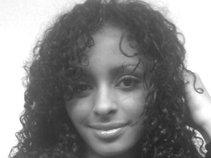 Nicque Marina Robinson