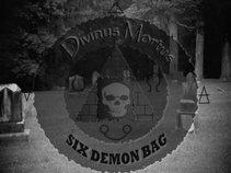DIVINUS MORTUS