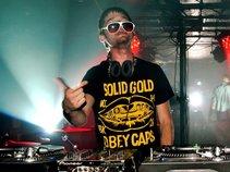DJ SUGA-FREE