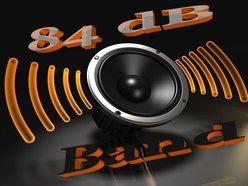 84 dB Band