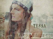 Tessa Barton