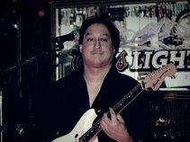 Robert J Carrasco