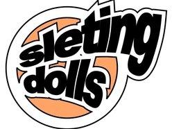 SLETING DOLLS