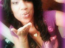 LADY WHIT Purple Kiss Ent