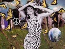 Aliah Selah & Lotus Heart Yogadancers