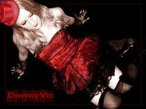 Scarlet/Blonde