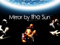 Mirror by the Sun