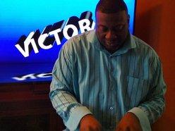 Victor B