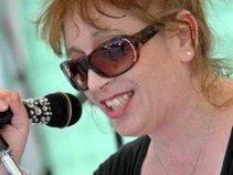 Liz Nash
