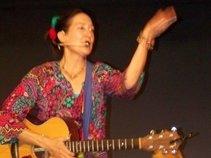 Hunktabunkta Music by Katherine Dines