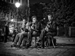 Buskers / Guitar Jazz Band