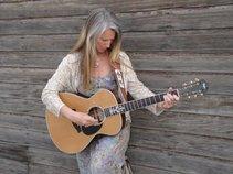 Juliana Weiser ~ Heartwise Music