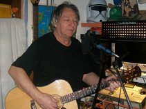 gerry paterson (ARE YOU LOOKING FOR NEW SONGS ?