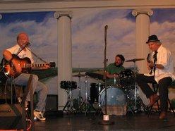 Dixon Beach Band