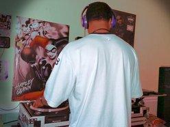 DJ J-MO