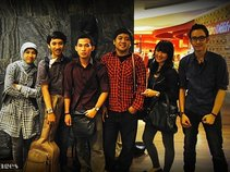 7 STAGES BAND