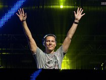 We Love Tiësto