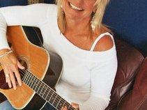 Vickie van Dyke