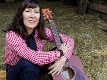 Miss Laurie Ann & The SaddleTones