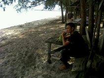 Em Zee Rapp