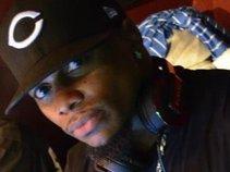 Touie Da Dj Hottest Dj In Atlanta...Artist,Dj,Promoter,Ceo and Business owner.Have done everything u