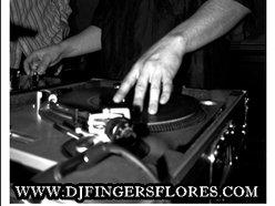 DJ Fingers Flores