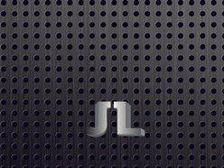J Lee