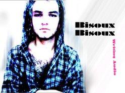 Bisoux Bisoux