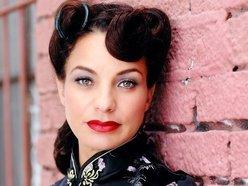 Image for Lola la Showgirl