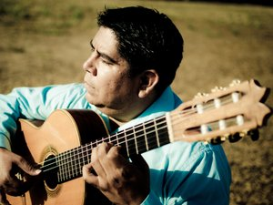 Tony Ybarra - Flamenco Latino Guitarist
