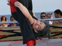 Amazing Amy: Contortionist, Unique Yoga Dancer
